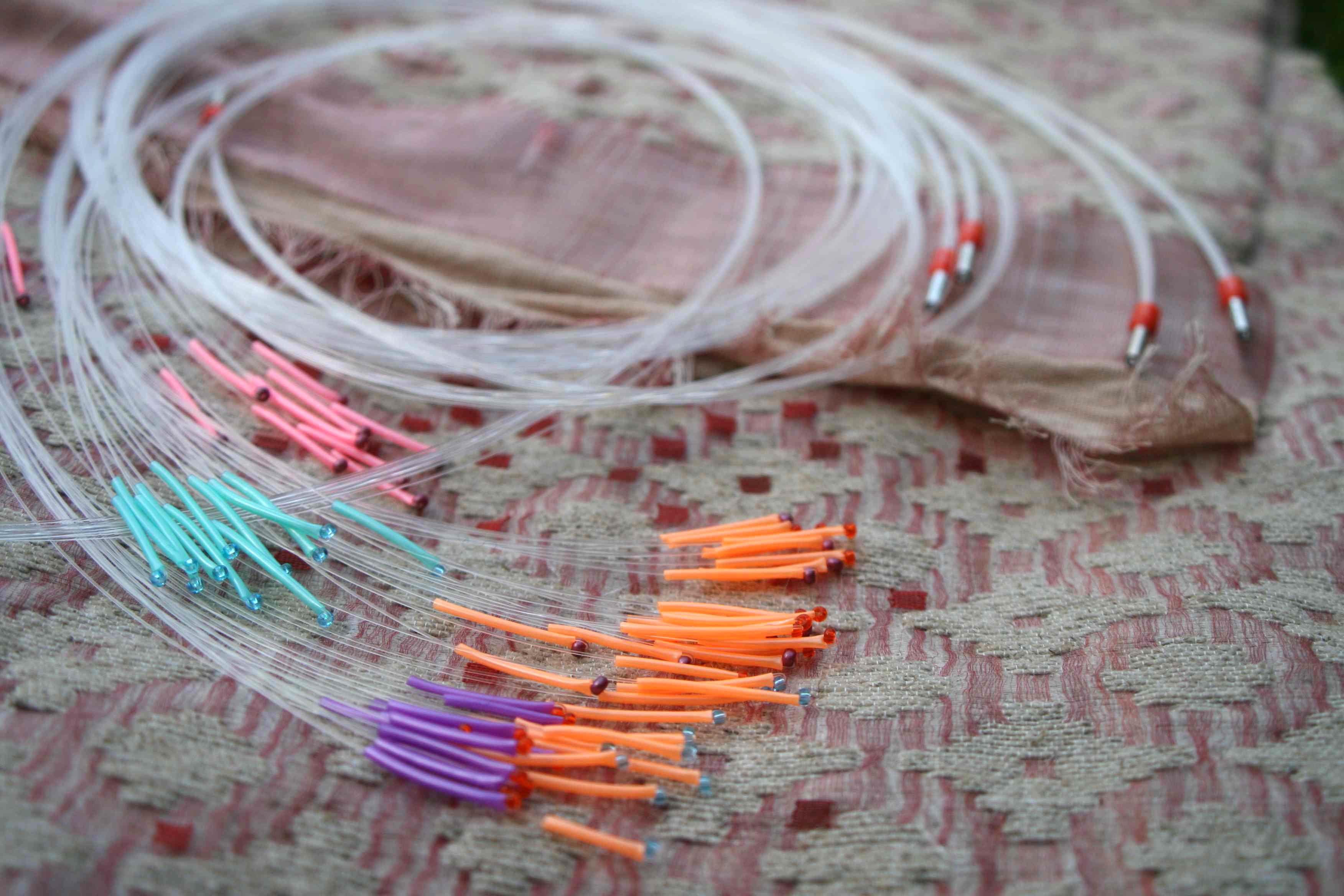 Fibres optiques araneafilum for Plafond lumineux fibre optique